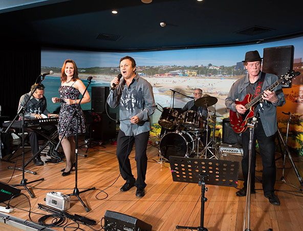 Brisbane Cover Band - Howard Collins Band - Musicians Entertainers