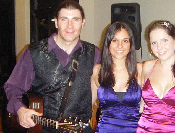 Darren Singer Soloist Brisbane - Musicians Entertainers