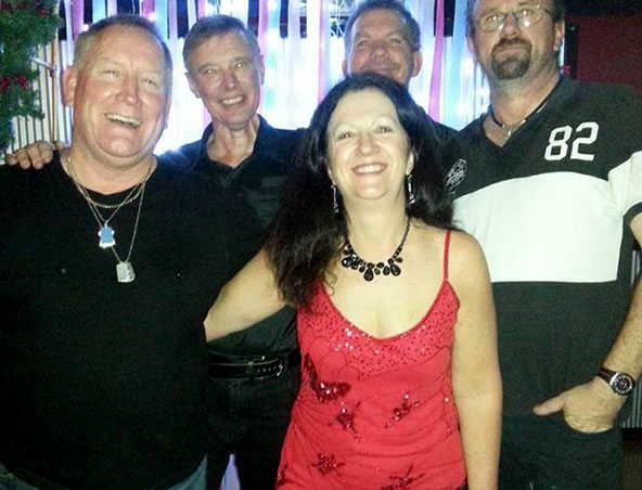 Double Vision Cover Band Brisbane - Musicians Entertainers Singers