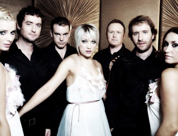 Honey Cover Band Brisbane