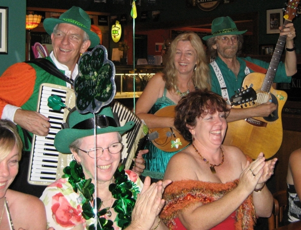 Brisbane Irish Band - Music Duo - Irish Musicians Singers