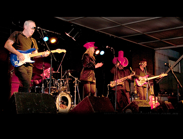 Memphis Movers Rock n Roll Band Brisbane - Cover Band - Singers Music