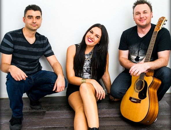 Trace Trio Brisbane - Cover Bands Musicians - Entertainers