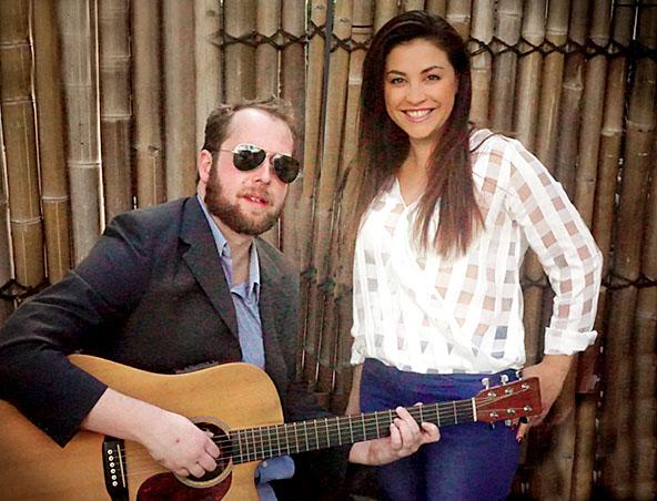 Zephyr acoustic music duo Brisbane - Singers Musicians