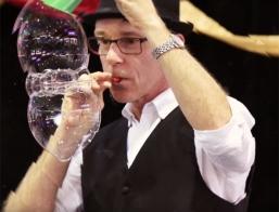 Glenns Bubble Show
